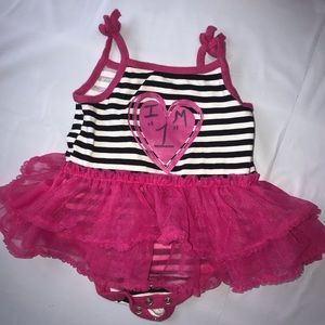 Other - 💜🍭Baby Girls Size 12 Months Outfit bundle 🍭💜